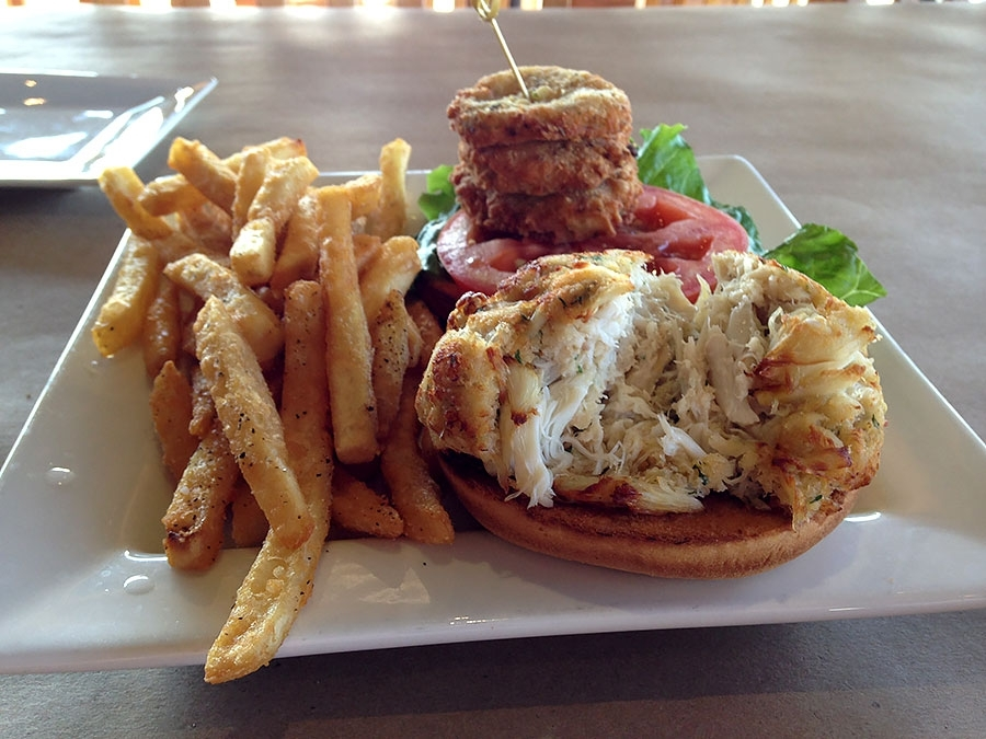 Bo Brooks' Jumbo Lump Crab Cake Sandwich